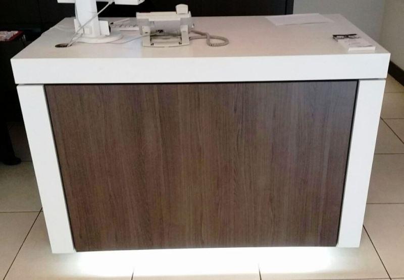 Novotel original cabinet